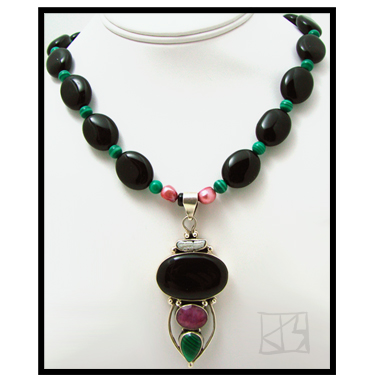 RUBY MALACHITE ONYX PEARL PENDANT BEADED NECKLACE